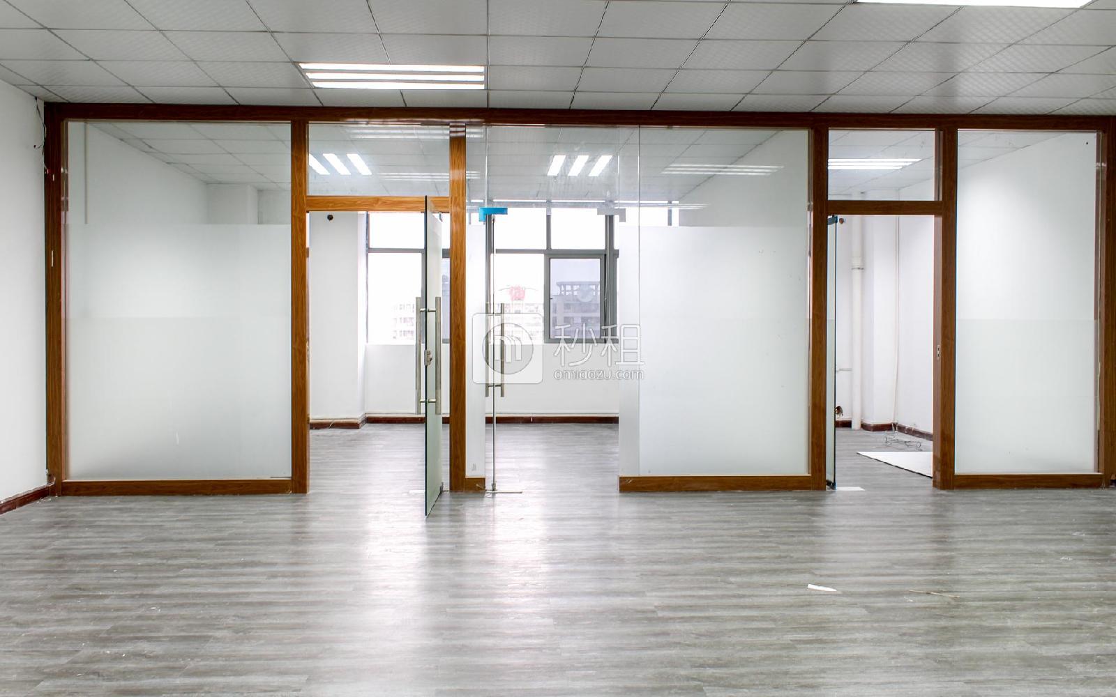 富康科技大厦写字楼出租228平米简装办公室45元/m².月