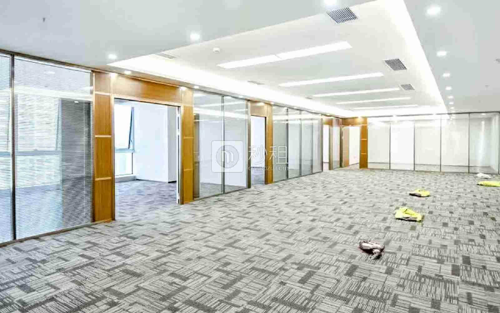 华润城大冲商务中心写字楼出租518平米精装办公室170元/m².月