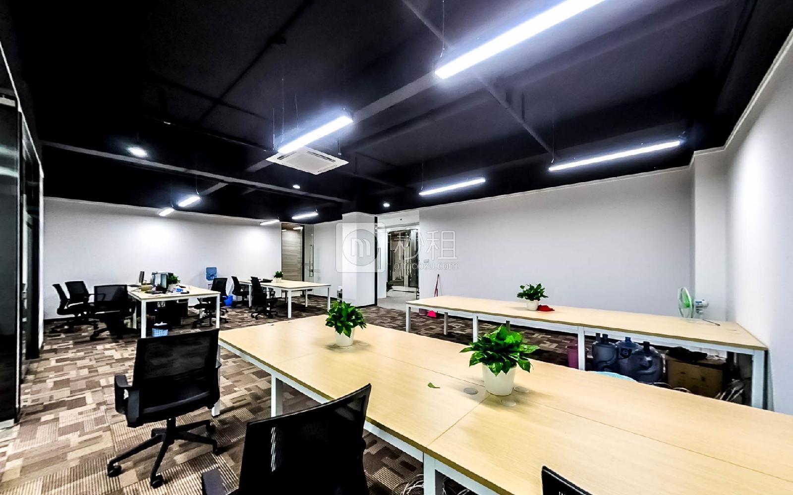 坂田国际中心-优渡空间写字楼出租163平米豪装办公室65元/m².月
