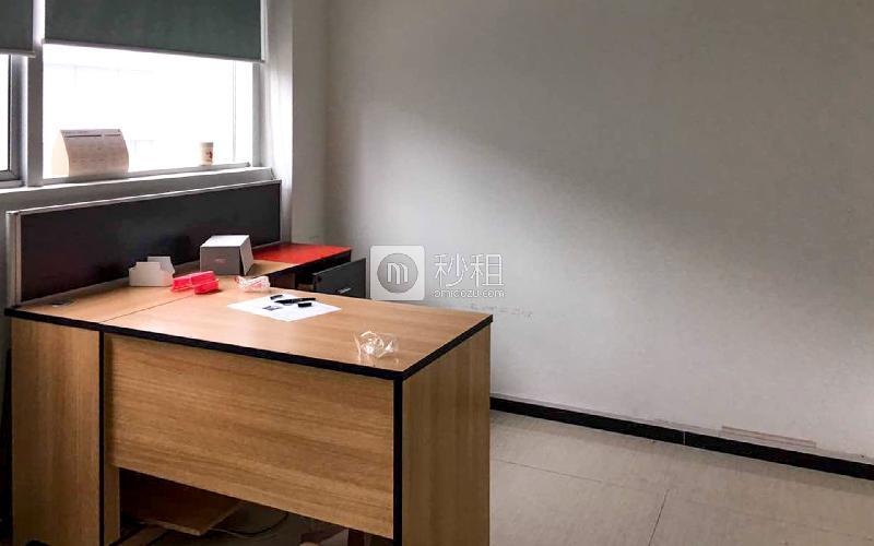 惠恒大厦写字楼出租150平米精装办公室110元/m².月