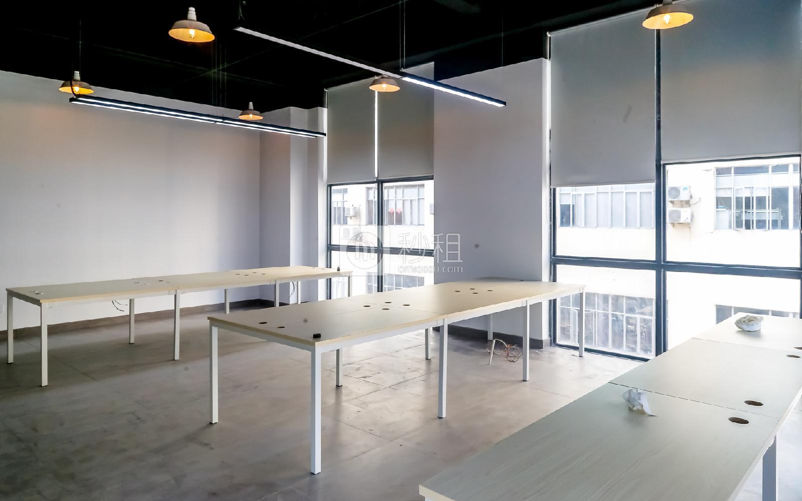 硅谷大院写字楼出租49平米精装办公室5700元/间.月