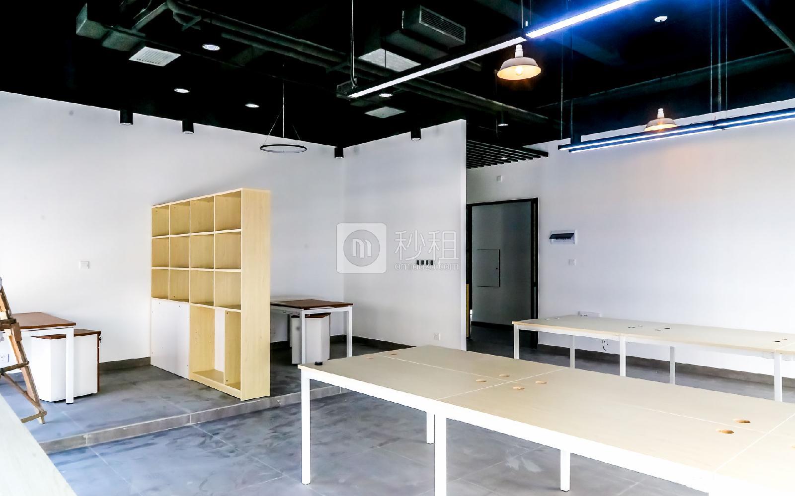 硅谷大院写字楼出租36平米精装办公室5160元/间.月