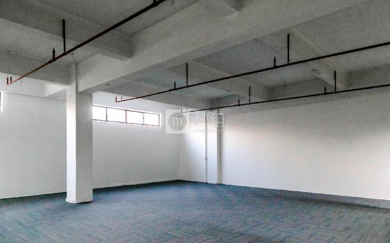 大众创业园写字楼出租179平米精装办公室40元/m².月