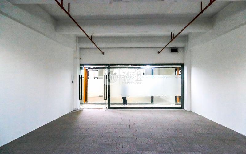 大众创业园写字楼出租175平米精装办公室46元/m².月