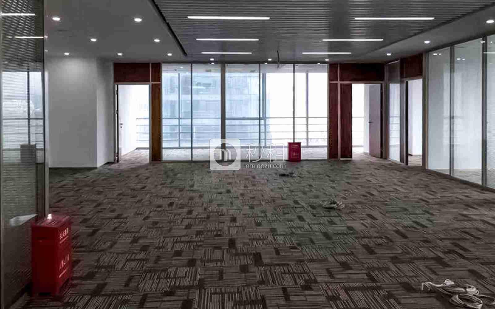 星河WORLD(二期)写字楼出租318平米精装办公室128元/m².月