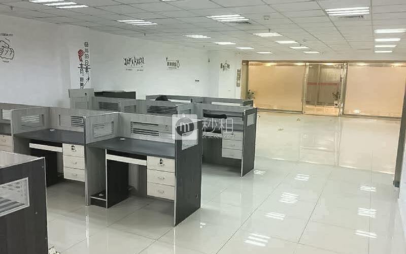 宝立方文化创意园写字楼出租210平米精装办公室68元/m².月