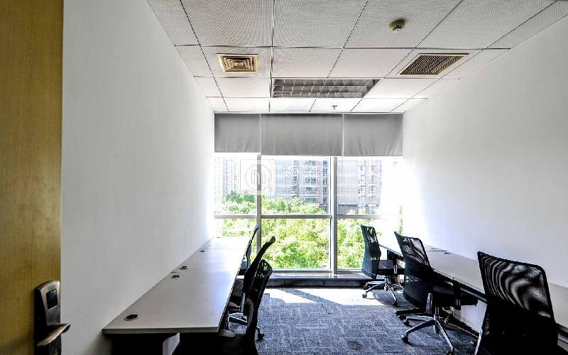 CBD国际大厦-世鳌国际商务中心写字楼出租30平米精装办公室15600元/间.月
