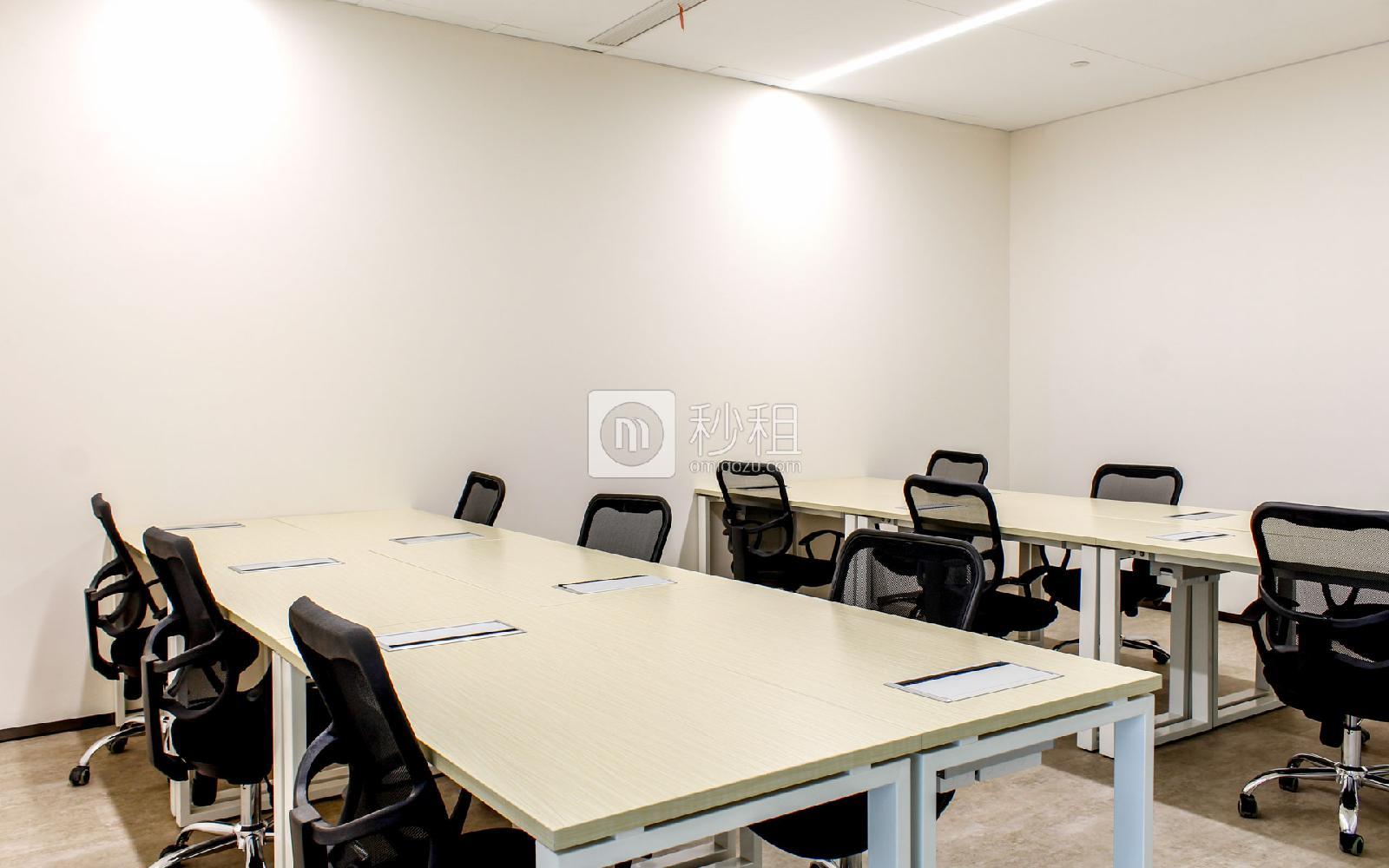 阿里中心大厦-P2神鲸空间写字楼出租60平米精装办公室25000元/间.月