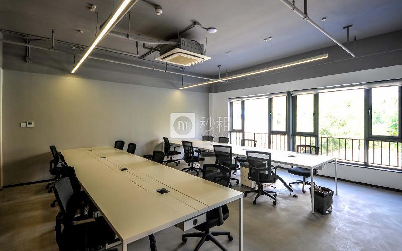 首开松榆里-梦想加写字楼出租80平米精装办公室25600元/间.月