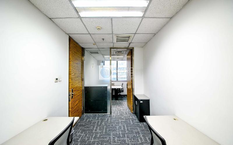 泰达时代中心-世鳌国际商务中心写字楼出租30平米精装办公室15600元/间.月