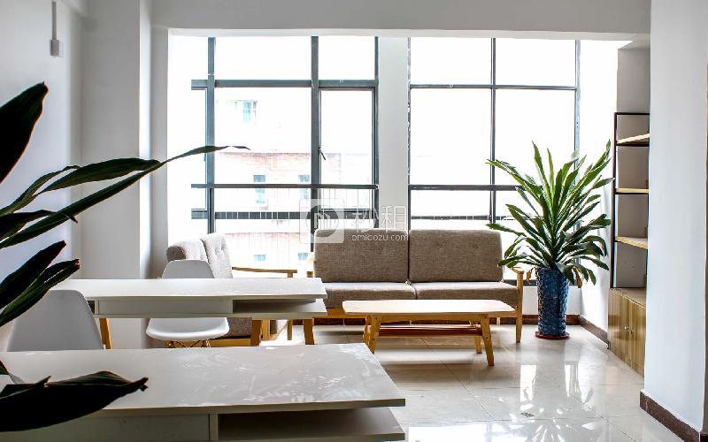 东方创业大厦写字楼出租265平米精装办公室35元/m².月