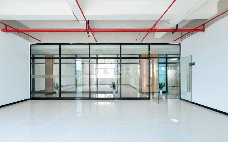 大城时代写字楼出租168平米精装办公室60元/m².月