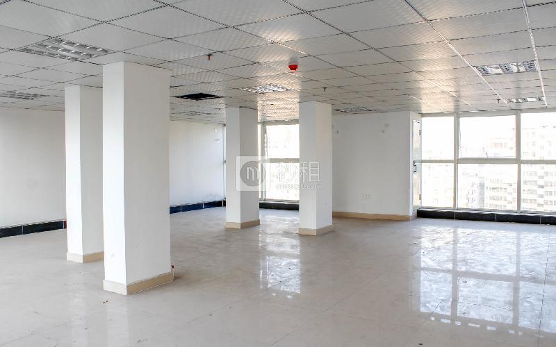 展润大厦写字楼出租136平米精装办公室48元/m².月