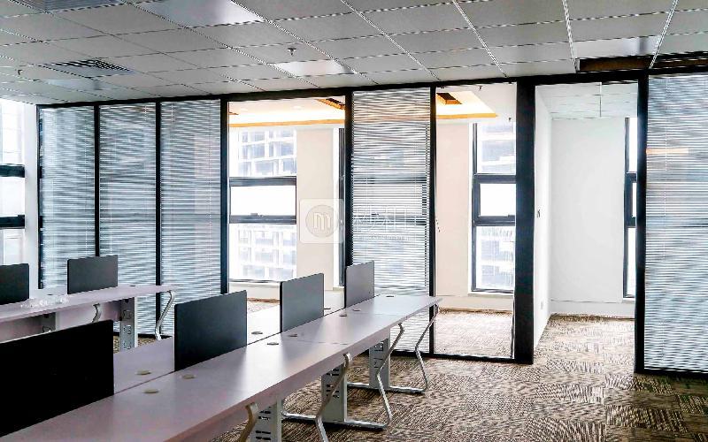 汇海广场写字楼出租477平米精装办公室98元/m².月