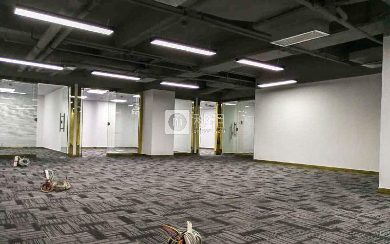国兴大厦写字楼出租460平米精装办公室85元/m².月