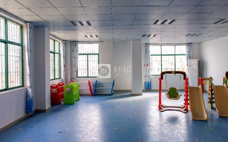 泰松大厦写字楼出租118平米简装办公室36元/m².月