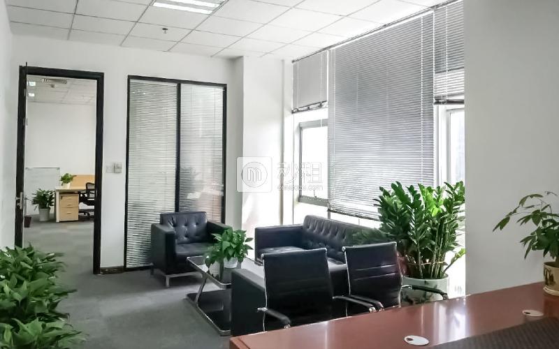高北十六写字楼出租222平米精装办公室80元/m².月