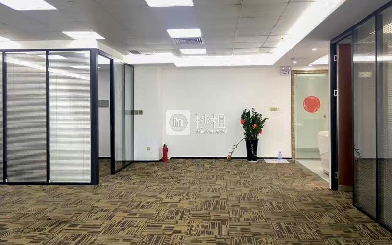 劲松大厦写字楼出租428平米豪装办公室135元/m².月