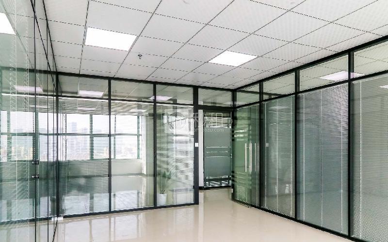 时代金融中心写字楼出租173平米精装办公室70元/m².月