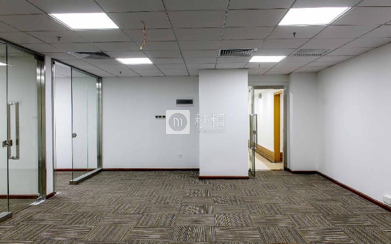 同心大厦(证券大厦)写字楼出租149平米精装办公室120元/m².月
