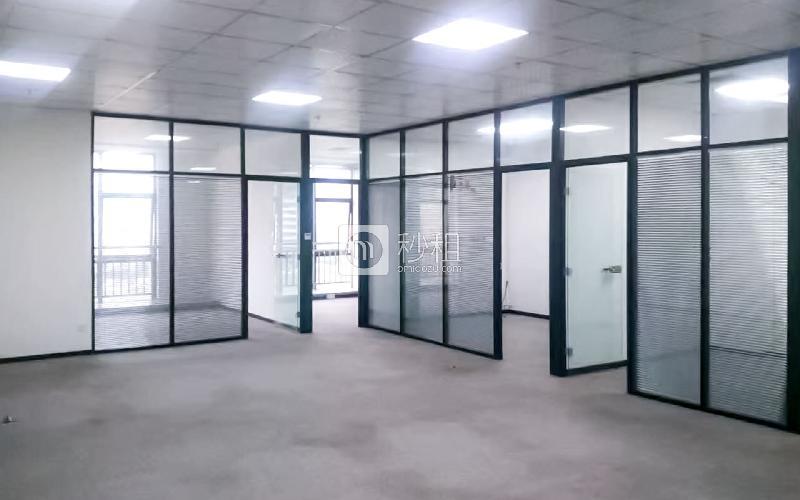 健兴科技大厦写字楼出租245平米精装办公室98元/m².月