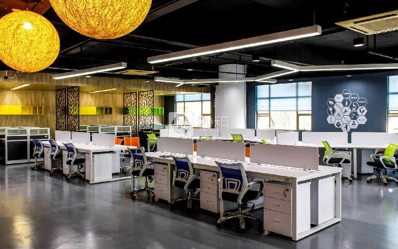 德盛昌大厦-创新硅谷写字楼出租5平米精装办公室300元/工位.月