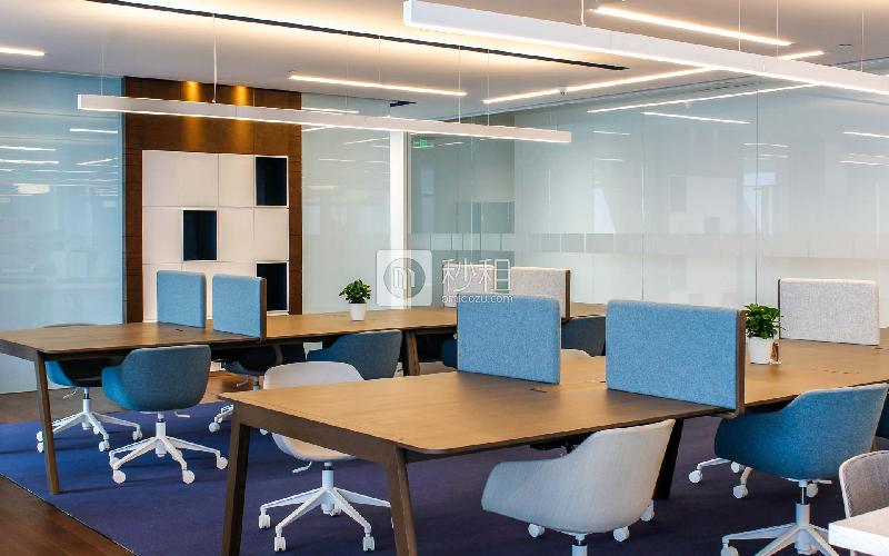 雷格斯商务中心-平安国际金融中心写字楼出租5平米精装办公室5000元/间.月