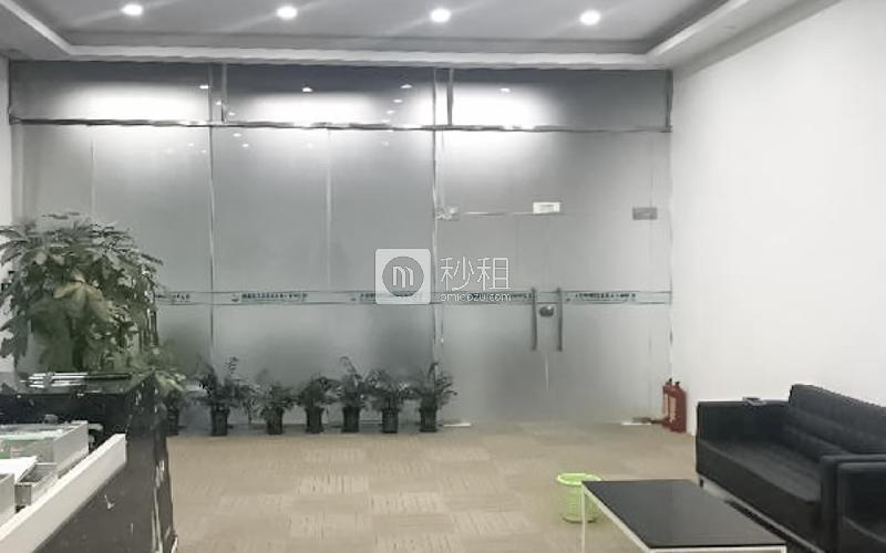 民企科技园写字楼出租1350平米精装办公室62元/m².月