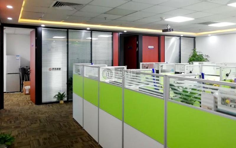 苍松大厦写字楼出租216平米精装办公室118元/m².月