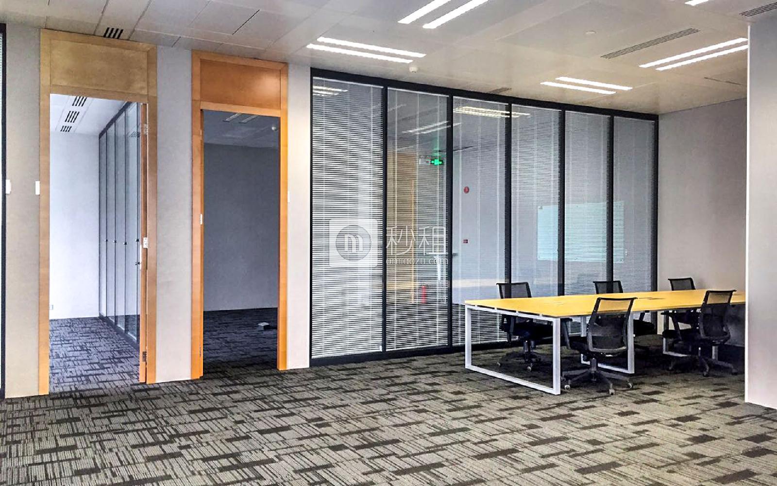 京基100大厦写字楼出租650平米精装办公室290元/m².月