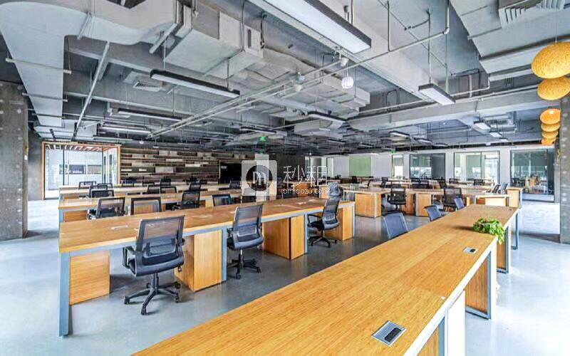 泰华梧桐岛写字楼出租550平米精装办公室85元/m².月