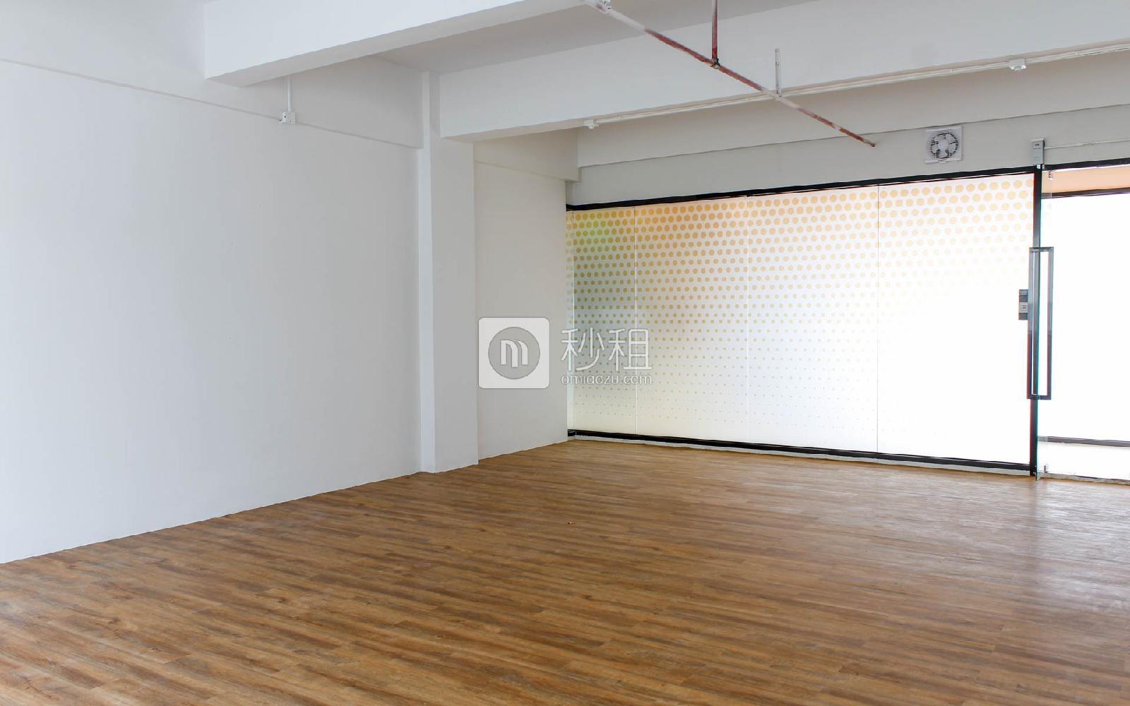 众里创业社区(兴东)写字楼出租96平米精装办公室80元/m².月
