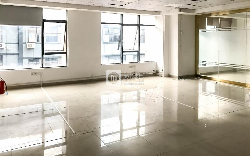 旭生大厦写字楼出租269平米简装办公室67元/m².月