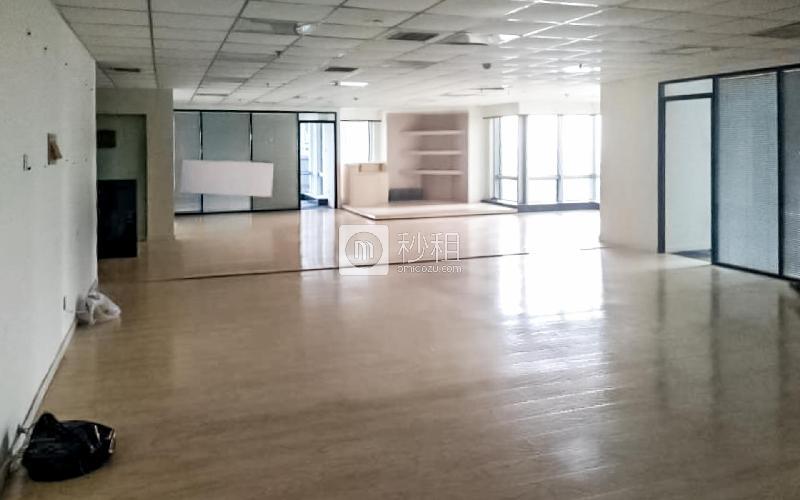 华仁国际大厦写字楼出租418平米精装办公室31667元/月