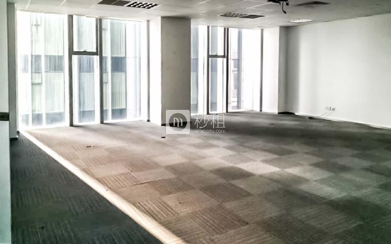 青岛中心大厦写字楼出租386平米精装办公室4.5元/m².天