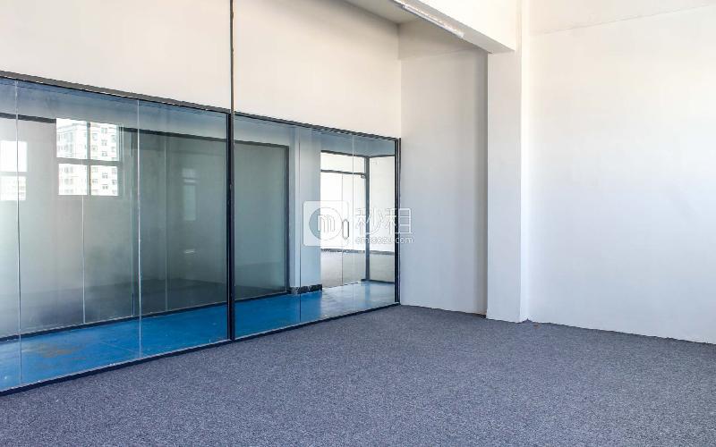 几何电商园(顺兴园)写字楼出租75平米简装办公室46元/m².月