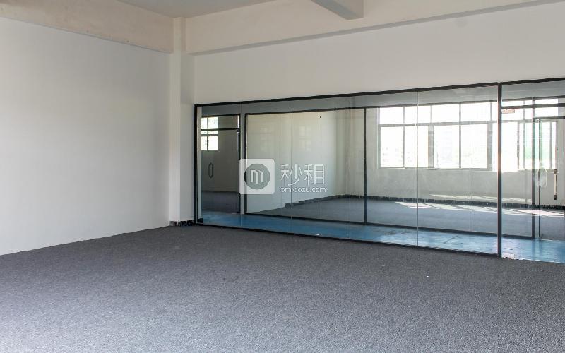 几何电商园写字楼出租120平米简装办公室46元/m².月