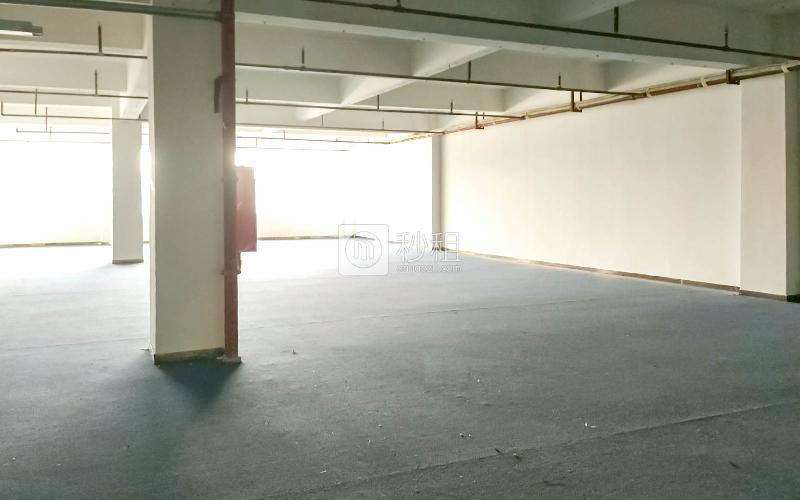 索佳科技园写字楼出租501平米简装办公室40元/m².月