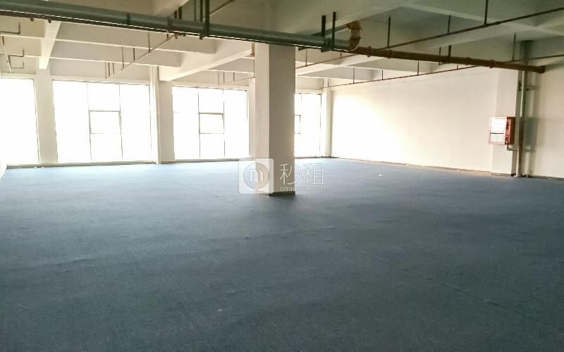 索佳科技园写字楼出租483平米简装办公室40元/m².月