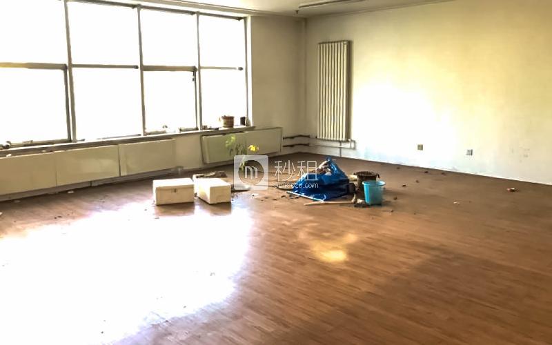 华宇大厦写字楼出租101平米精装办公室4800元/月