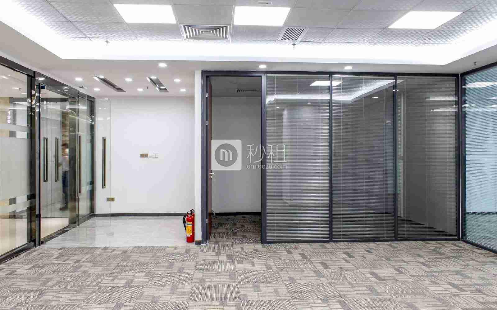 创新大厦写字楼出租226平米精装办公室95元/m².月