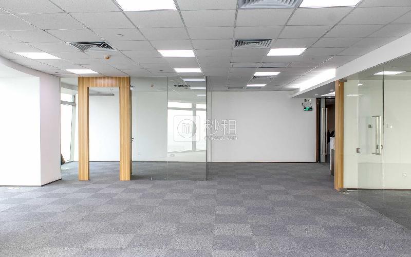 京基濱河時代廣場寫字樓出租486平米精裝辦公室110元/m2.月