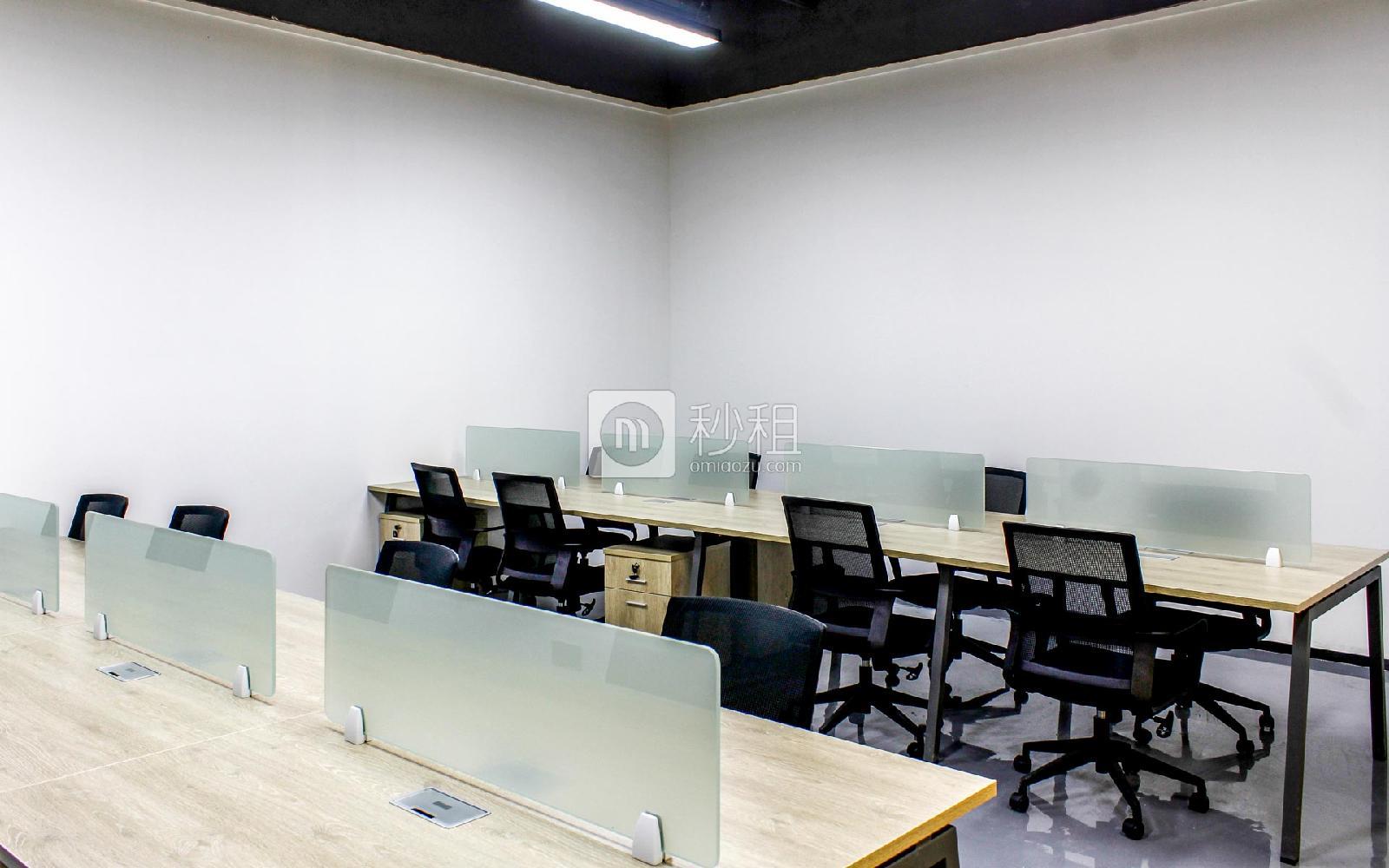 波顿科技园-万科云创写字楼出租105平米精装办公室16380元/间.月