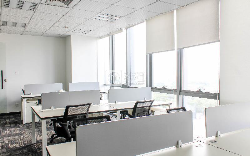观澜湖国际大厦写字楼出租320平米精装办公室60元/m².月