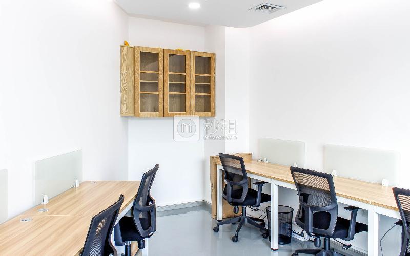 南天辉创研中心大厦-恒悦创客魔方写字楼出租25平米精装办公室4400元/间.月