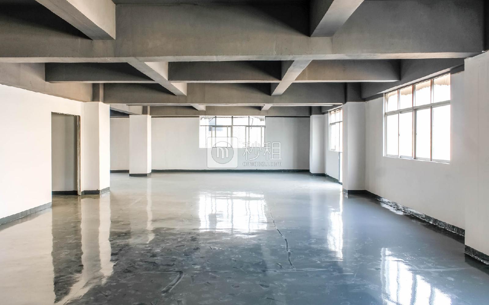 百思富创意空间写字楼出租350平米简装办公室37元/m².月