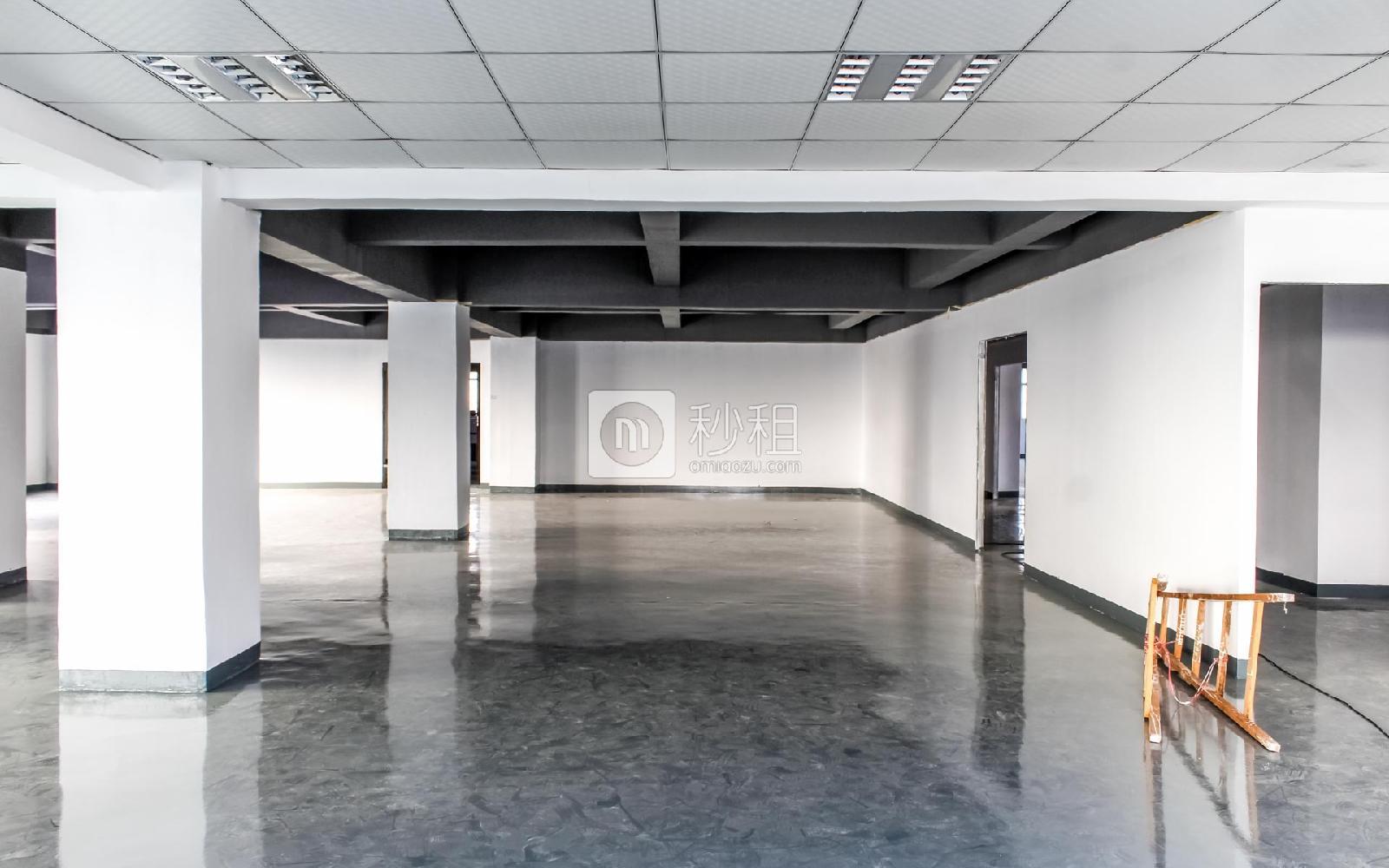 百思富创意空间写字楼出租360平米简装办公室37元/m².月
