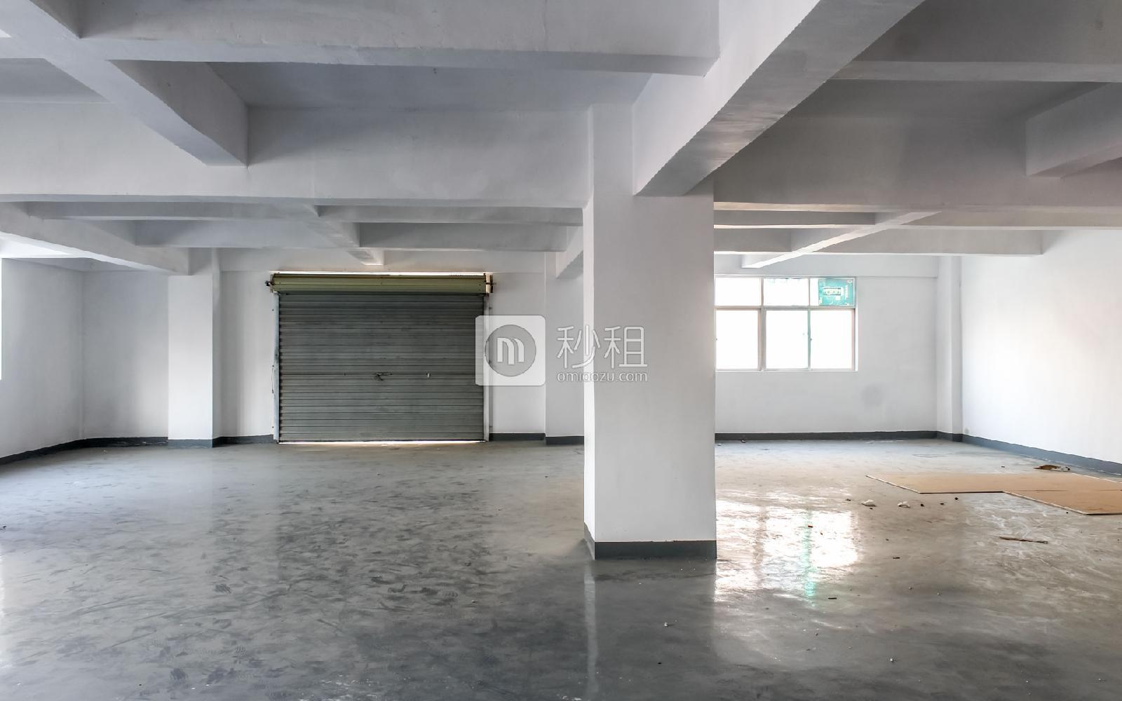 百思富创意空间写字楼出租550平米简装办公室37元/m².月