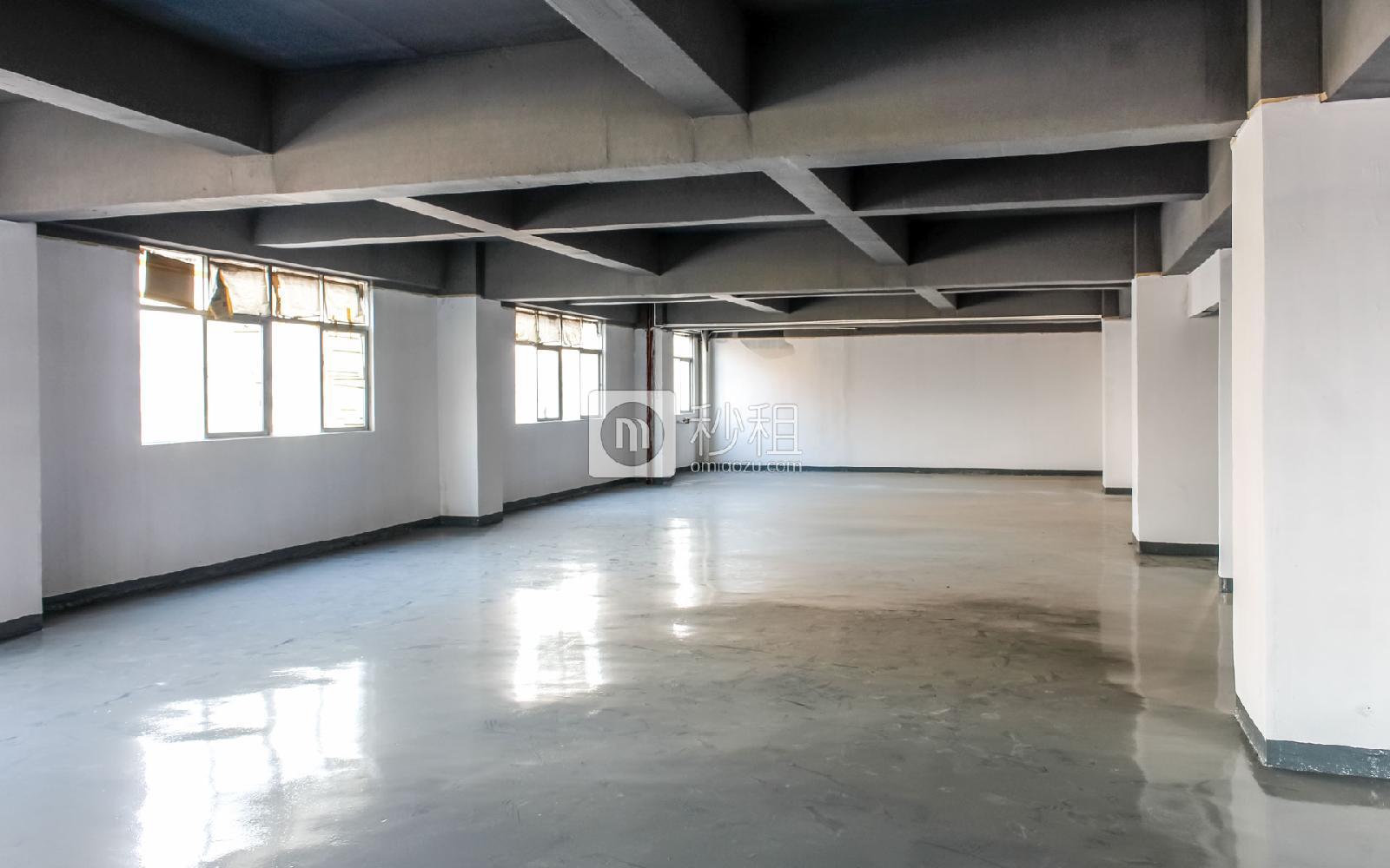 百思富创意空间写字楼出租600平米简装办公室37元/m².月