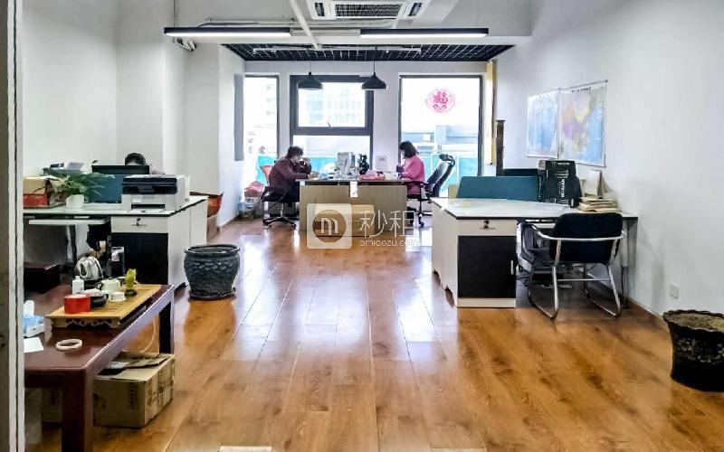 福州路万科中心写字楼出租120平米精装办公室2.4元/m².天